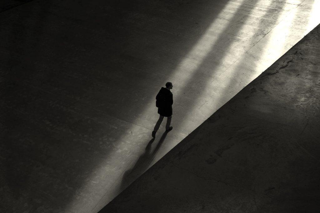 el silencio en la búsqueda de empleo