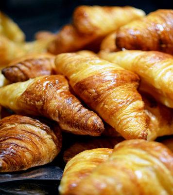 foto curasán desayuno copy